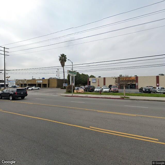 8423-8431 Canoga Ave,Canoga Park,CA,91304,US