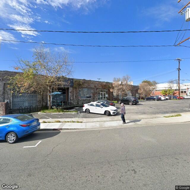 8440 Warner Dr,Culver City,CA,90232,US