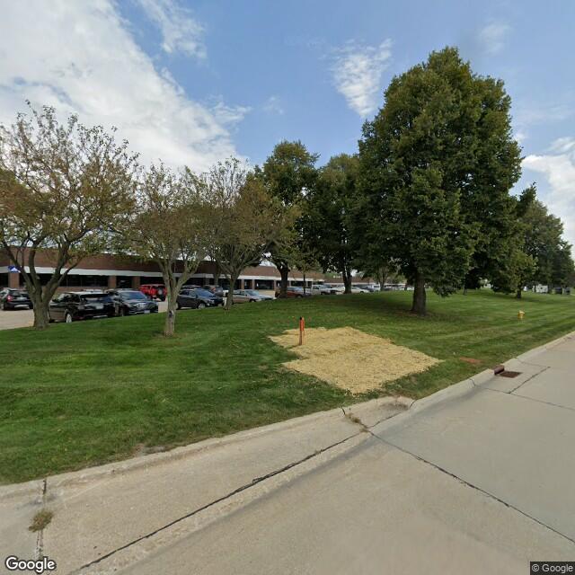 11245-12299 Aurora Ave,Urbandale,IA,50322,US