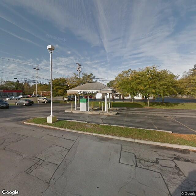 6842 Main St,Amherst,NY,14221,US