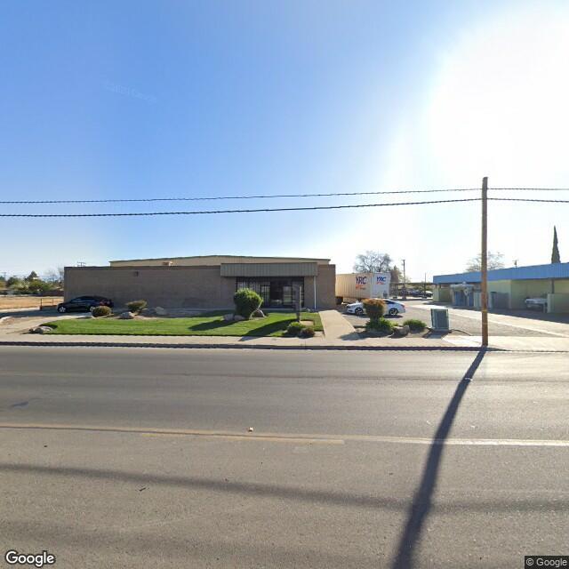 1220 N Ben Maddox Way,Visalia,CA,93292,US