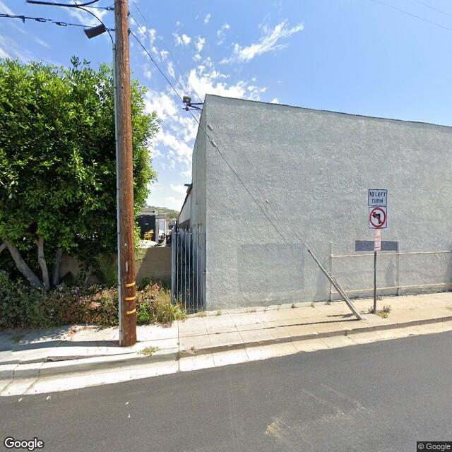 2206 Orange Ave,Signal Hill,CA,90755,US