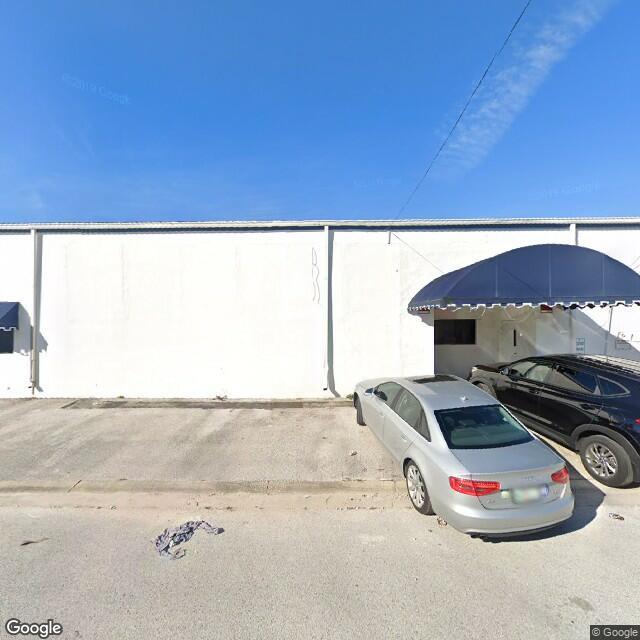 2442 N 23rd St,Saint Petersburg,FL,33713,US