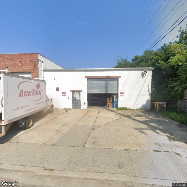 2 Kenwood Ave,Massapequa,NY,11758,US