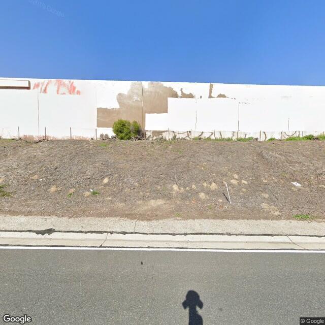 3060 Airport Way,Long Beach,CA,90806,US