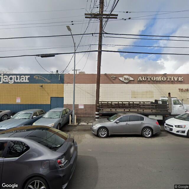7223-7225 Deering Ave,Canoga Park,CA,91303,US
