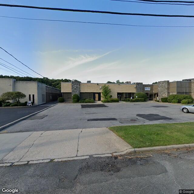 122-132 Dupont St,Plainview,NY,11803,US