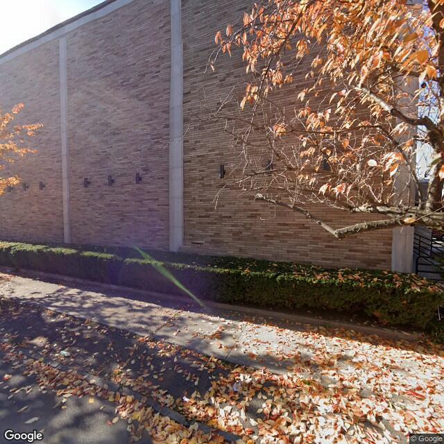 1423 Chapel St,New Haven,CT,06511,US