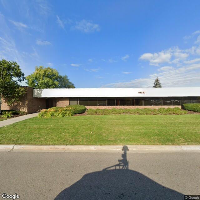 18223-18325 E 10 Mile Rd,Roseville,MI,48066,US