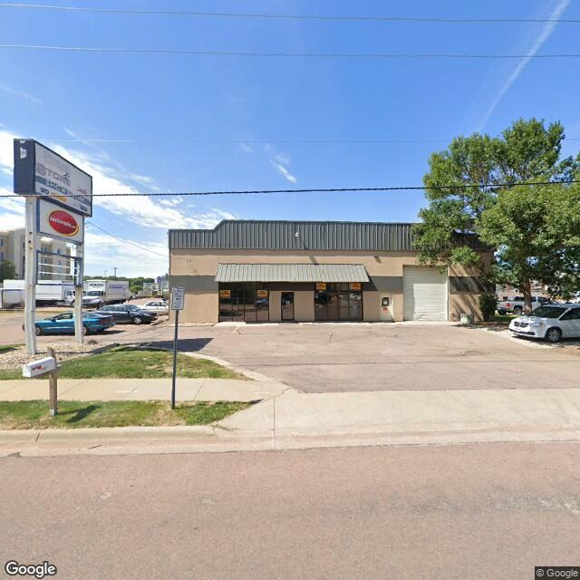 2701 S Carolyn Ave,Sioux Falls,SD,57106,US