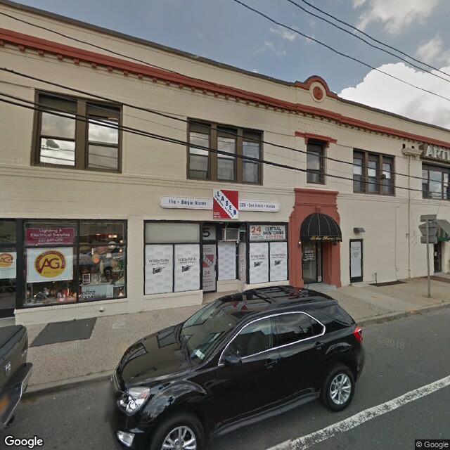 5 Fifth Ave,Bay Shore,NY,11706,US