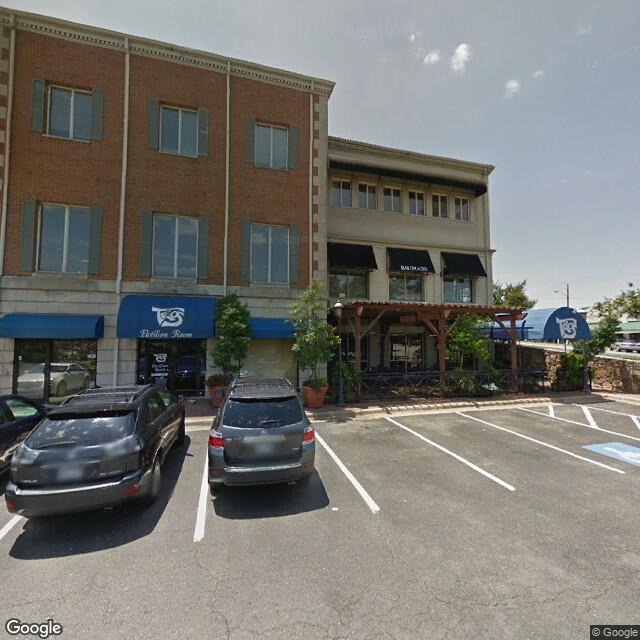8201 Cantrell Rd,Little Rock,AR,72227,US