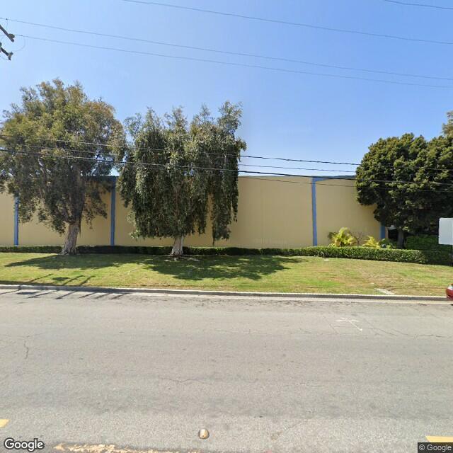 2300 East 28th Street, Signal Hill, CA 90755